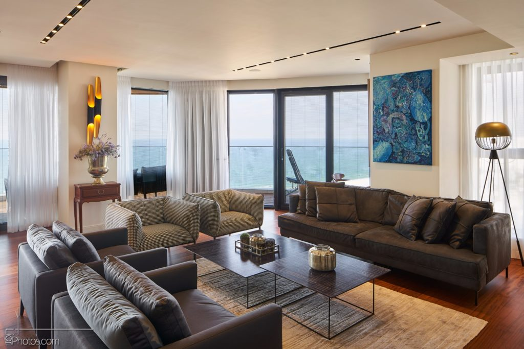 Penthouse on The Sea