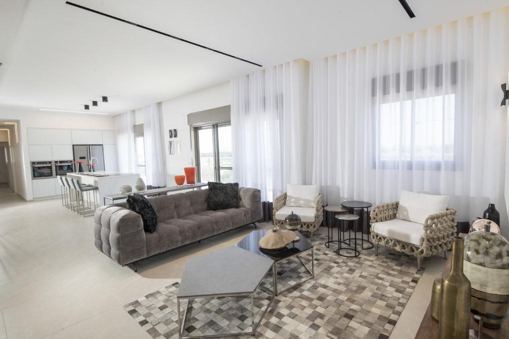 Penthouse Kardan