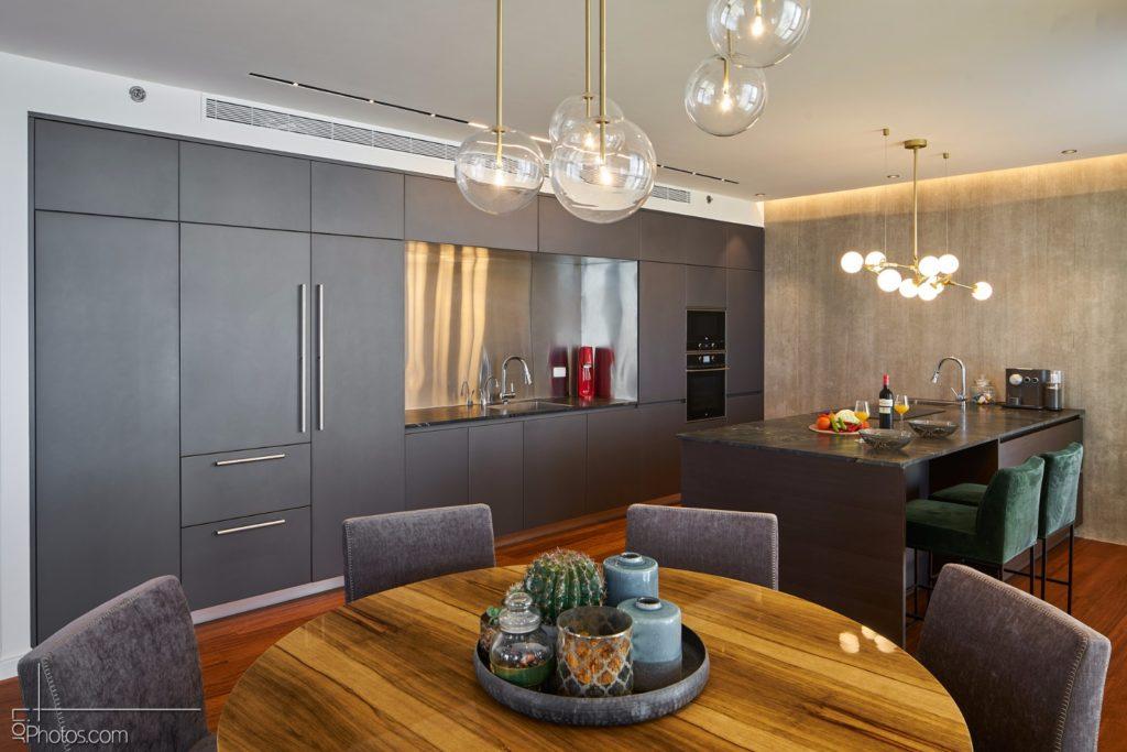דירה במגדלי תל-אביב  10