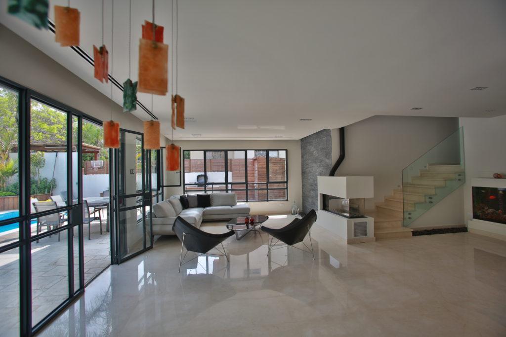 Private House Bazra